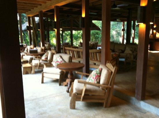 Inkaterra Hacienda Concepcion: Reception Area overlooking the jungle