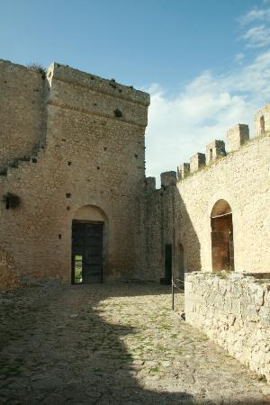 Mussomeli, Italie : cortile interno