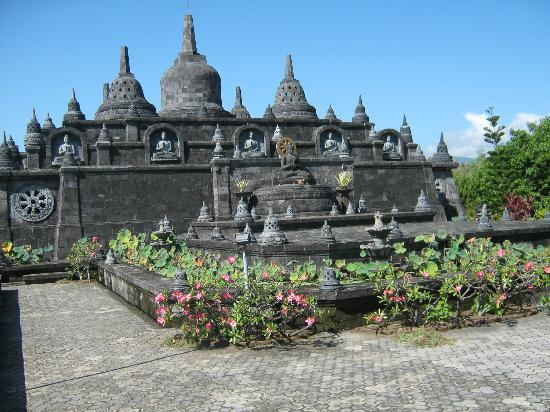 Buleleng, Indonesia: Exotic architecture