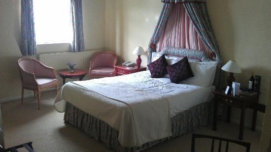 Kings Court Hotel: Bridal Suite