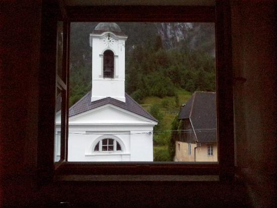 Hotel Sola: Church view from the bathroom