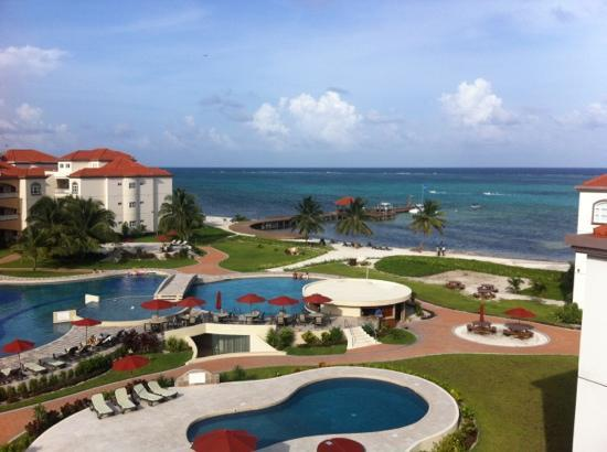 Grand Caribe Belize Resort and Condominiums: view from F7