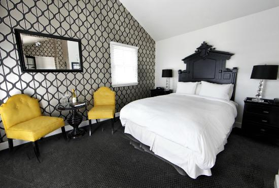 Mount View Hotel & Spa : Joseph Cellars Winery Cottage