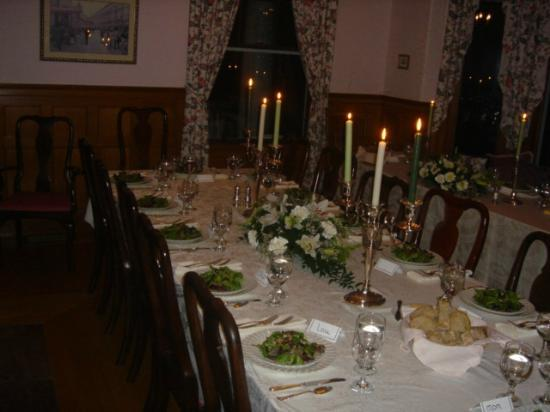 Governor's House in Hyde Park : Formal dinner in the dining room