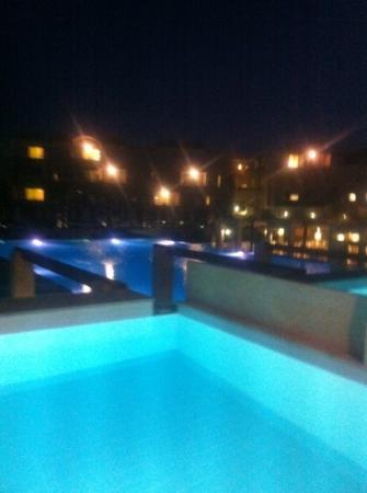 Avra Imperial Beach Resort & Spa: varat rum:)