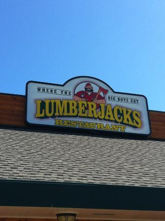 Lumberjack's: Out front