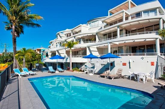 Sundancer Holiday Apartments: Sundancer Pool Area