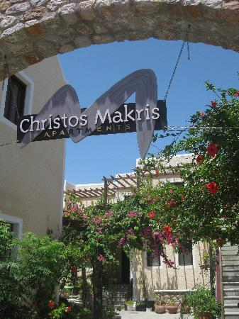 Makris Apartments: Christos Makris