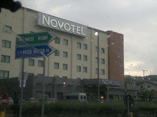 Novotel Milano Malpensa Airport: fachada de frente