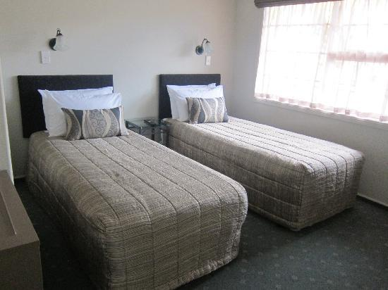 Silver Fern Rotorua - Accommodation and Spa: One of the rooms