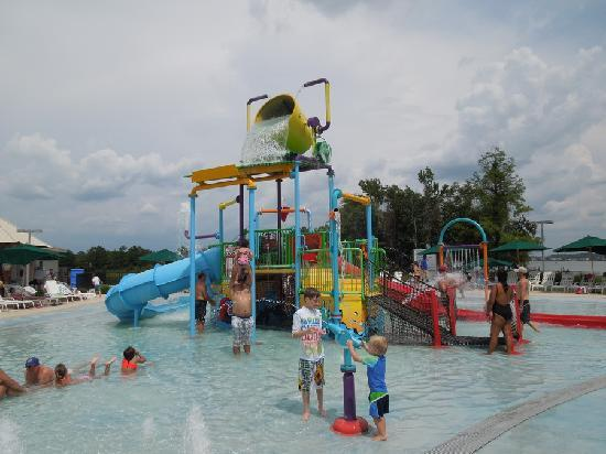 La Torretta Lake Resort & Spa: Pool for toddlers