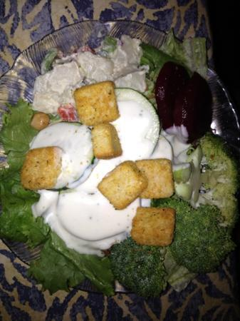 The Red Parka Steakhouse & Pub : from the salad bar