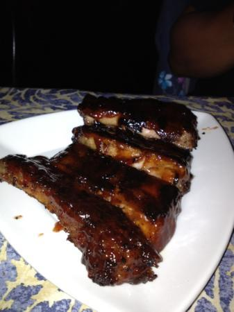 The Red Parka Steakhouse & Pub : BBQ Rib Appetizer