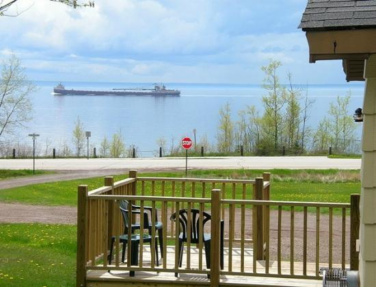 North Shore Cottages: Lake Superior View