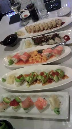 I Love Sushi: sushi rolls