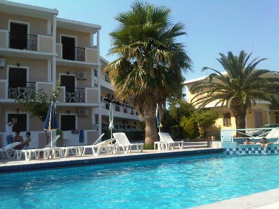 Prokopis Studios Apartments: pool