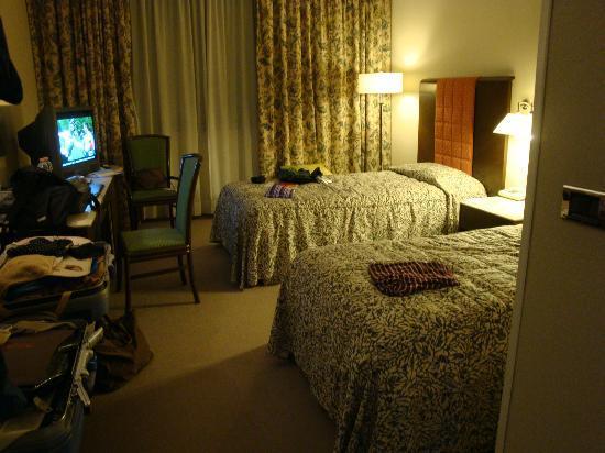 Conference Florentia Hotel: 柔らかかったベッド