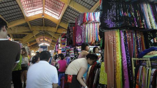 Ben Thanh Market: Fabrics