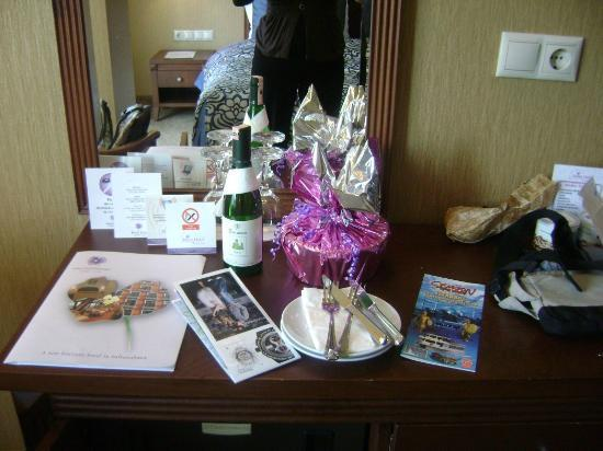 Hotel Mina: Gifts for us