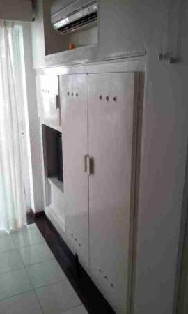 Irotama Resort: Old cabinet - just panted