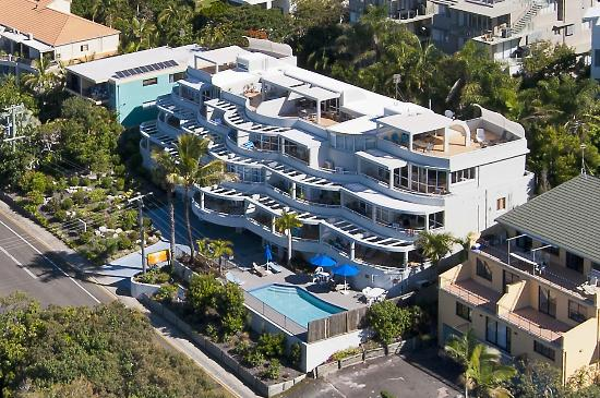 Sundancer Holiday Apartments: Sundancer Aerial View