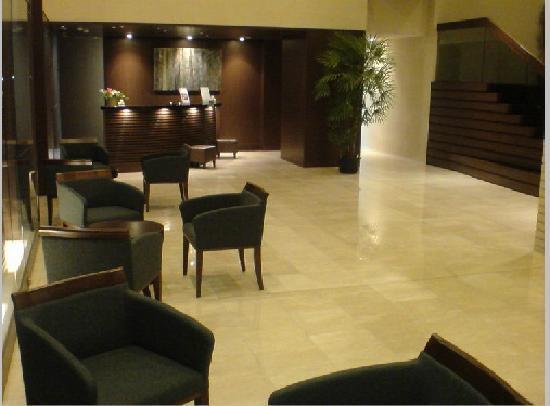 Hotel Best Land: ロビー