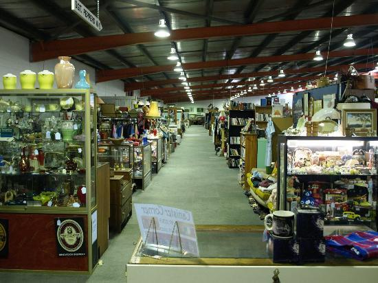 Daylesford, Australien: The Mill Market inside