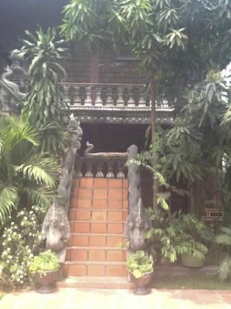 Angkor Spirit Palace: steps leading to the 1st floor