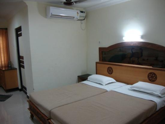 TTDC Hotel Tiruchendur view fo the bed