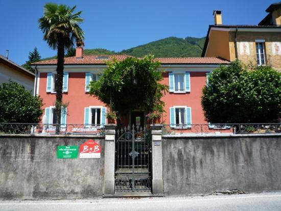 Villa sempreverde: front view