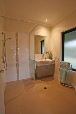 Miya Miya Bed & Breakfast: Bathroom