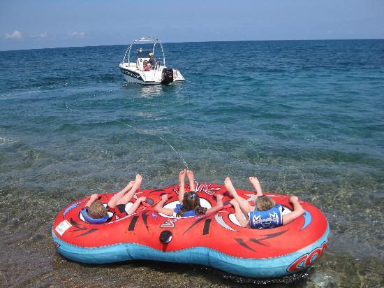 Latchi Watersports Centre: tubing