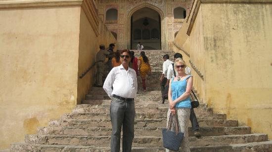 Amin Tours Day Tours: With our Jaipur guide Mr Singh who knew the best shops