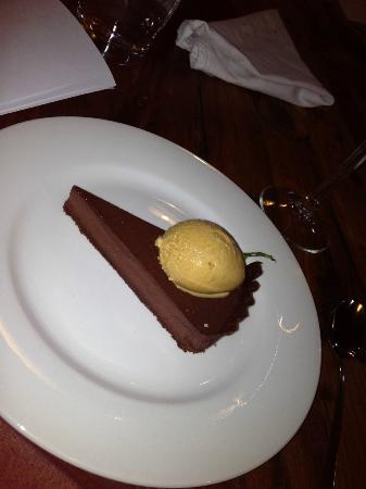 Cable Station Accommodation: Chocolate tart with caramel icecream & Three Hummock Island salt