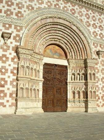 Particolare lunetta porta santa foto di basilica di - Immagini porta santa ...