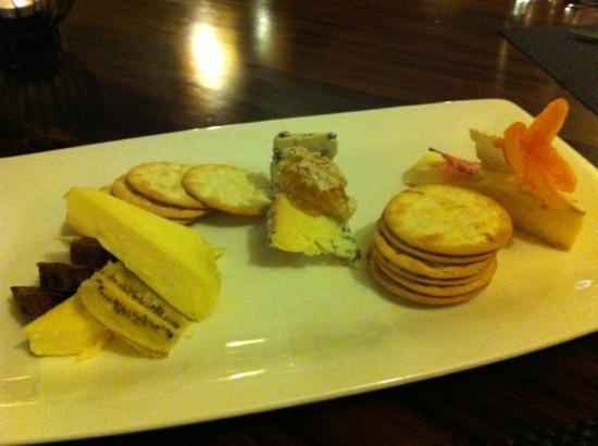 Marlborough Vintners Hotel: yummy cheese platter