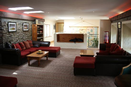 Newgrange Lodge: Lounge Area with free Wi-Fi