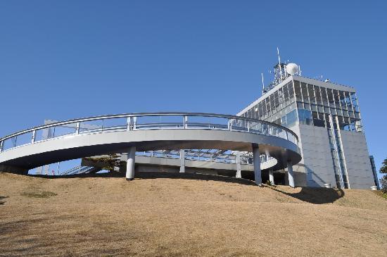 Mt. Zao Observatory: 山頂下の駐車場から