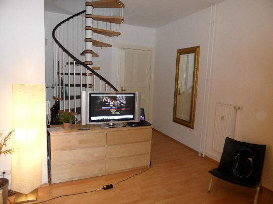 Real Appartements: Staircase