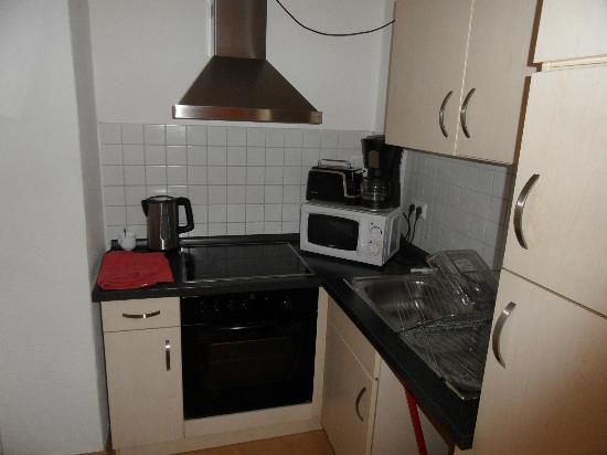 Real Appartements: Kitchen