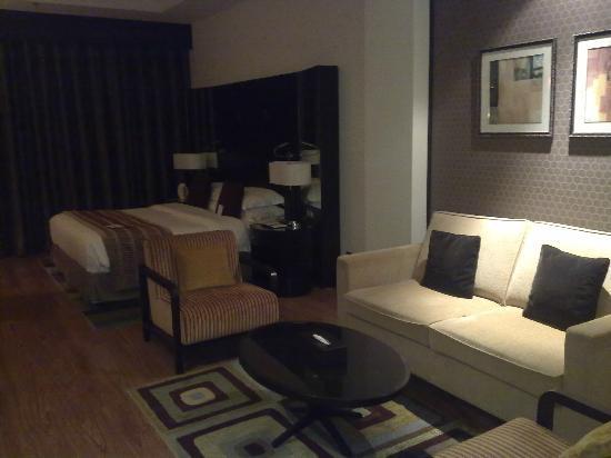 Crowne Plaza Al Khobar : Club studio room