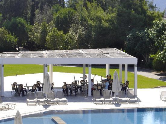 Ίρια, Ελλάδα: Μπαρ πισίνας