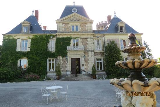 Photo of Le Chateau De Faverges De La Tour