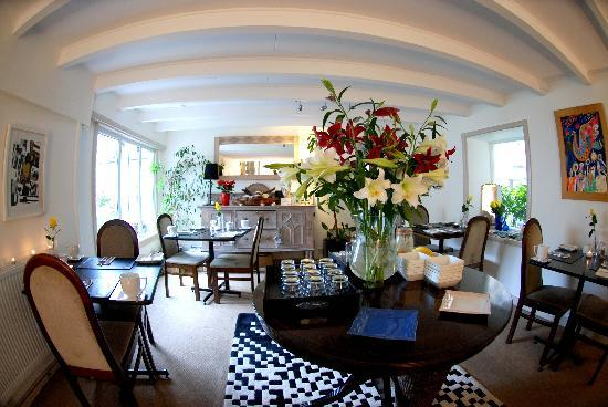 Cornerways B&B: The Breakfast Room