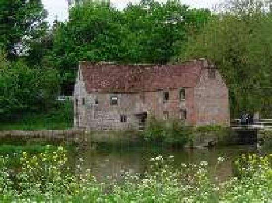 ‪Sturminster Newton Mill‬