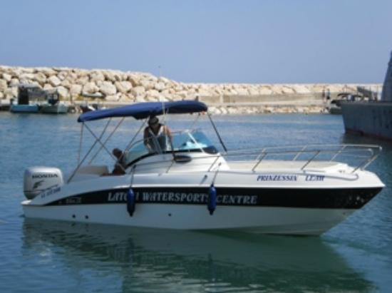 Latchi Watersports Centre: Boat Hire