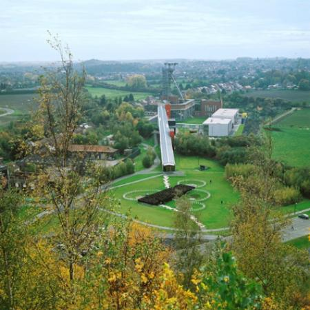 Mons, Belgique : Le Pass est situé sur le site d'un ancien charbonnage réhabilité par l'architecte Jean Nouvel
