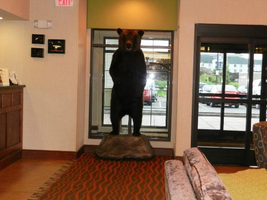 ‪هوم وود سويتس باي هيلتون أنكوريدج: Lobby of Homewood Suites Anchorage‬