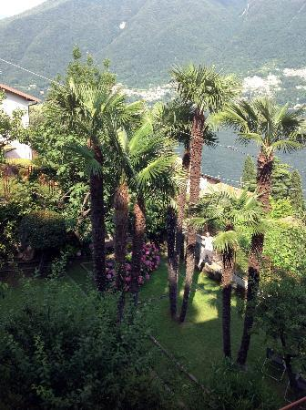 Villa Albonico : view from bedroom