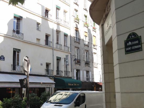 Welcome Hôtel : Localização
